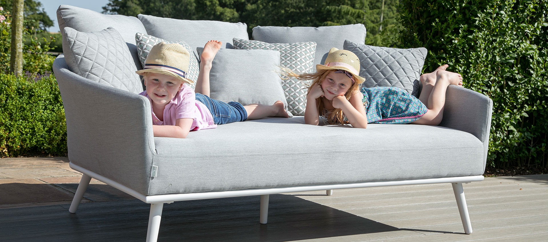 Maze Lounge - Outdoor Fabric Ark Daybed - Lead Chine