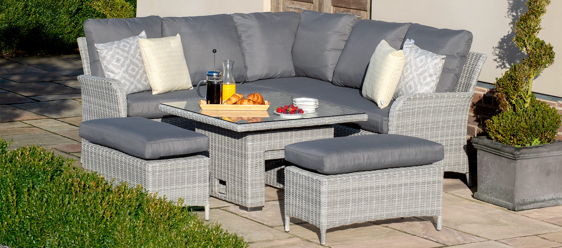 Maze Rattan - Ascot Square Corner Dining Set - With Rising Table & Weatherproof Cushions