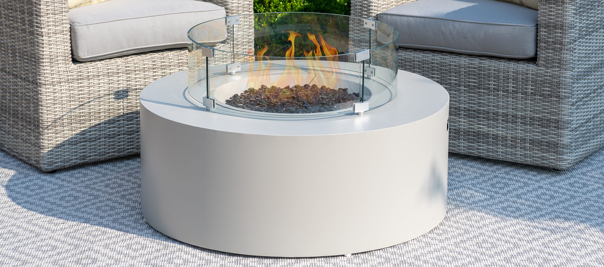 Maze Lounge - Round Gas Fire Pit - Pebble White
