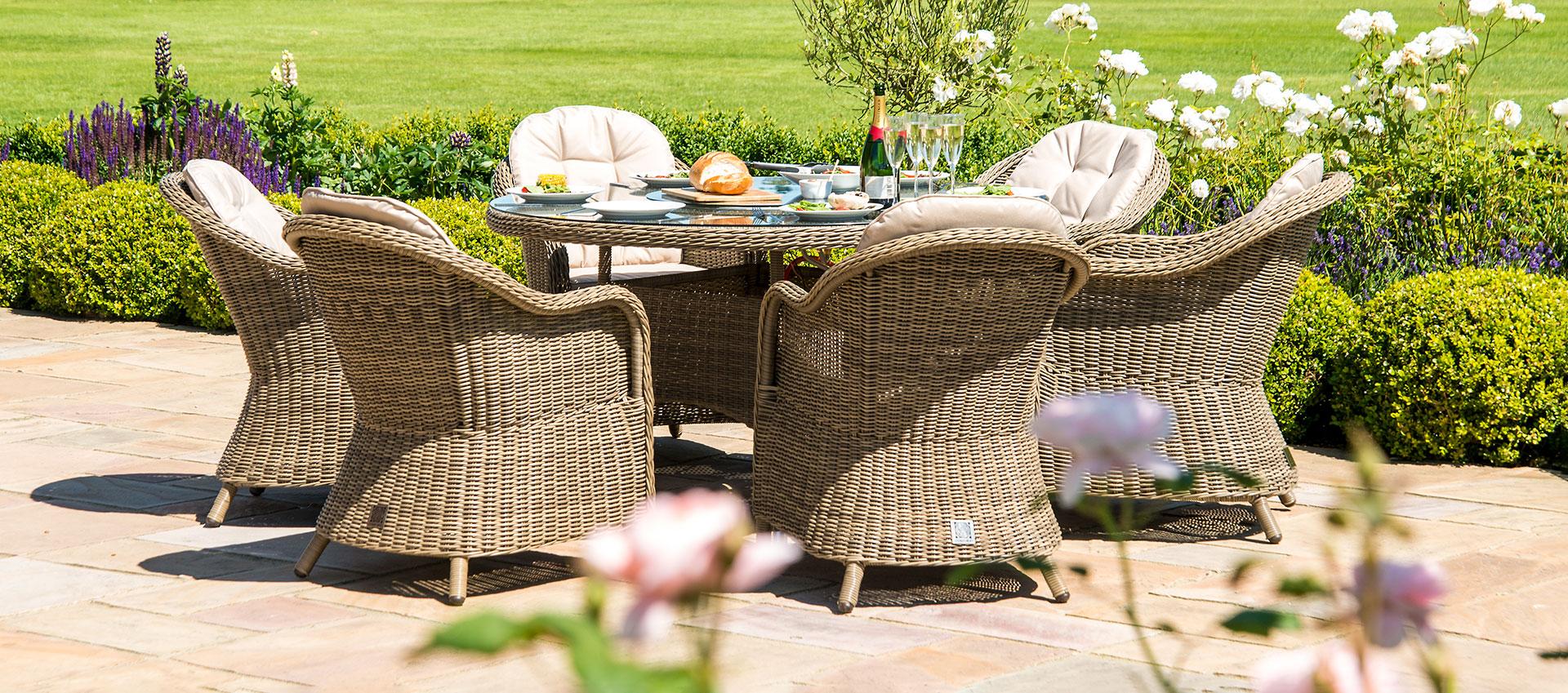 Maze Rattan - Winchester - Heritage 6 Seat Round Dining Set - Ice Bucket & Lazy Susan