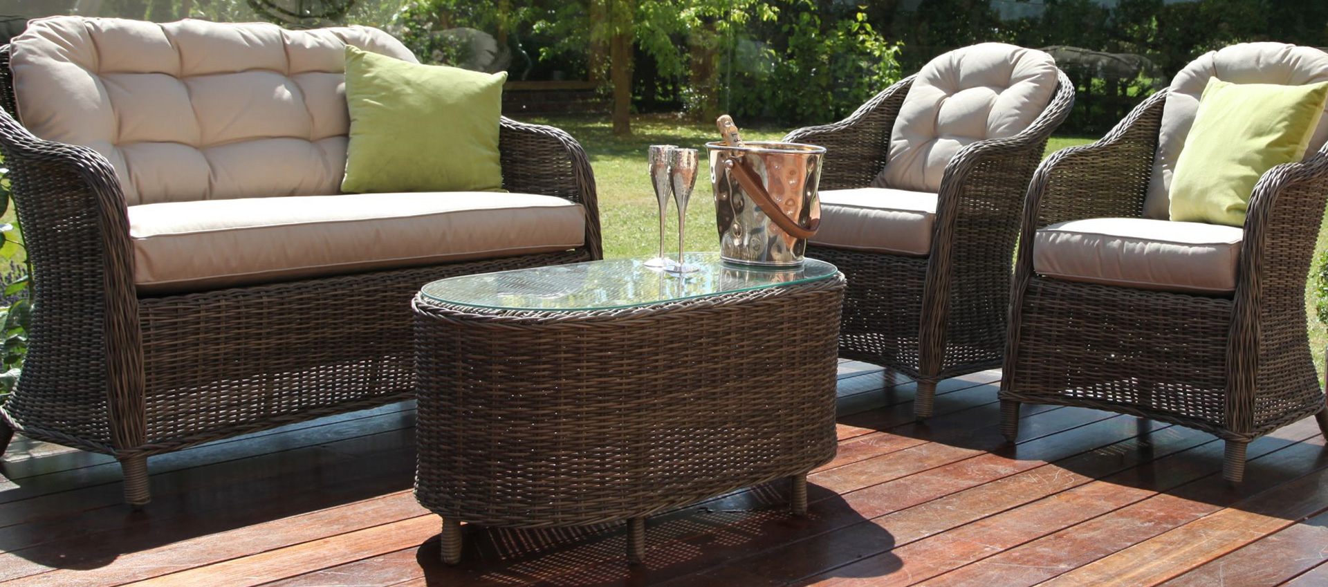 Maze Rattan - Winchester Heritage Rounded Sofa Set